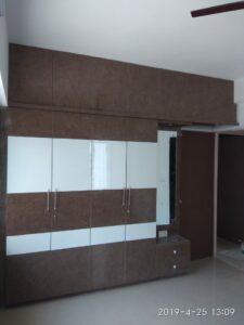 4 Door Wardrobe with Dressing Unit